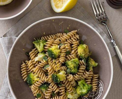 spelt pasta with broccoli and lemon